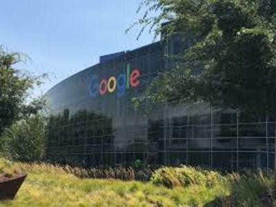 Капитализация холдинга, который владеет компанией Google, достигла триллиона долларов