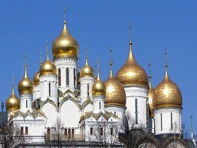 В РПЦ призвали богатых поделиться с бедными