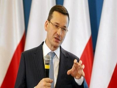 """Polish PM Calls Brexit """"Good News"""" Due to Influx of Labor from Britain"""