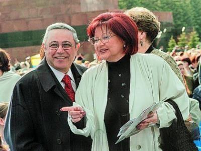 Приставы ищут Петросяна и Степаненко из-за задолженности в 101 рубль