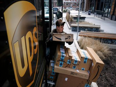 American UPS Ordered 10 Thousand Electric Cars from Founder of Yota