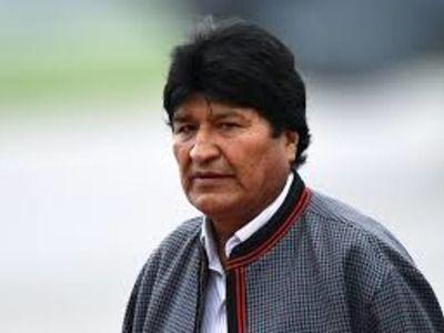 Интерпол ответил отказом на просьбу Боливии активировать ордер на арест Моралеса