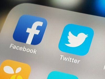 Moscow Court Imposed Fines on Twitter and Facebook
