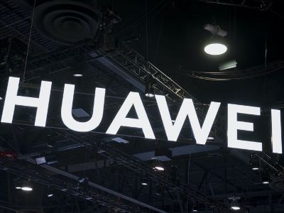 Huawei Agreed to Comply with the Rule for Preinstalling Russian Software