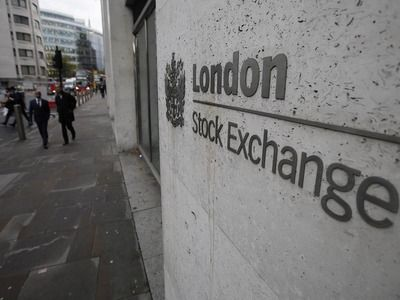 London Stock Exchange Index Down by 8.8%