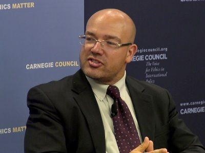 American Economist Predicts Russia's Victory in the Oil War