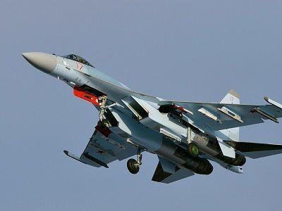 Су-35 названа реальной угрозой для истребителей США