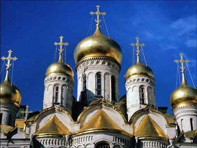 Во всех храмах РПЦ будут читать молитвы от коронавируса