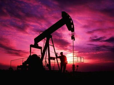Белоусов: в обрушении нефтяных котировок виноваты страны Персидского залива