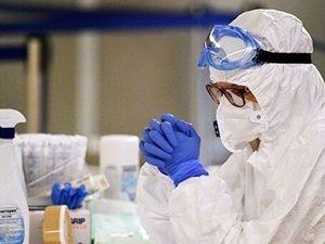 Минздрав предложил доплачивать медикам за работу с больными COVID-19