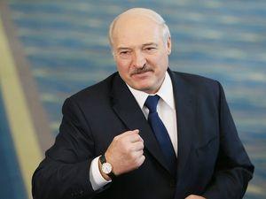 Лукашенко сообщил о прибытии россиян в Белоруссию обходными путями