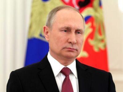 Путин объявил о продлении нерабочей недели до 30 апреля