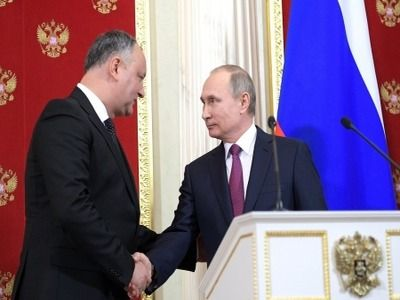 Dodon Allowed a Decrease in Cost of Russian Gas for Moldova by 40% by the End of Year