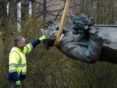 Monument to Soviet Marshal Konev Is Removed from the Square in Prague