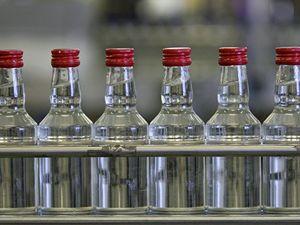 В Минздраве поддержали ограничение продаж табака и алкоголя на время изоляции