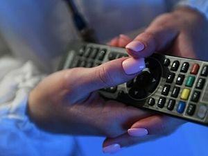 ЛДПР предложила временно убрать из телеэфира рекламу деликатесов