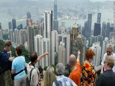 Hong Kong Authorities Extend Foreign Entry Ban