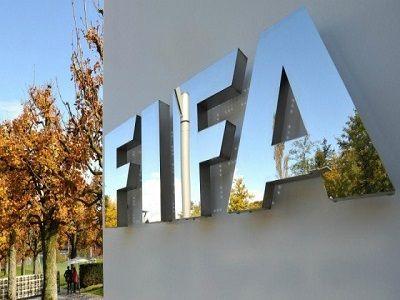 ФИФА призвала из-за коронавируса продлить игрокам истекающие контракты