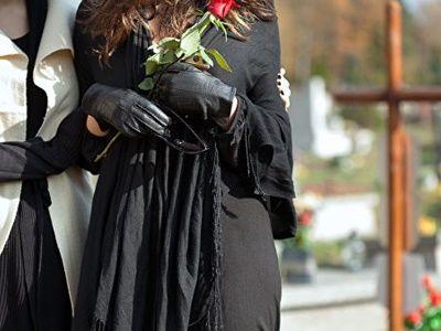 В Москве из-за коронавируса запретили посещать кладбища