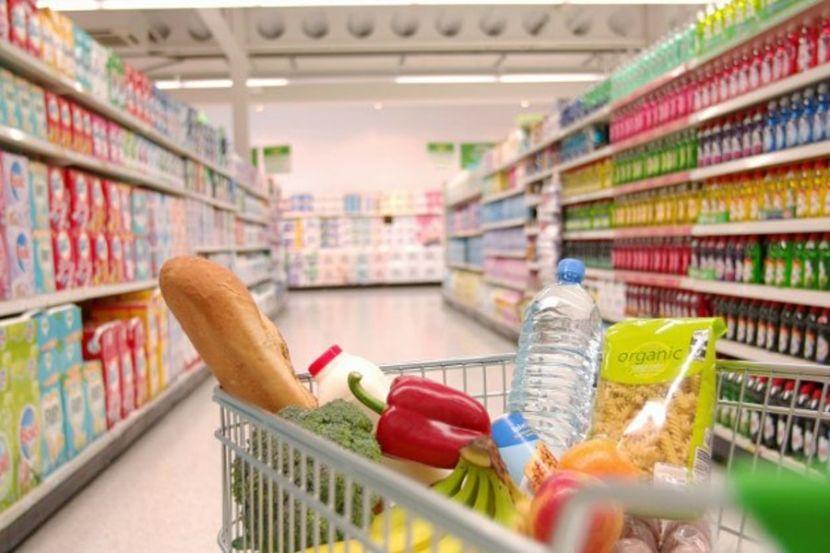 Жители России дали оценку расходам при походе в магазин в период распространения коронавируса
