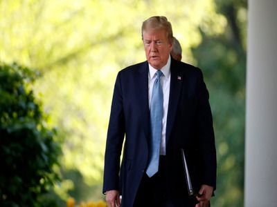 Trump Announced Passage of the US Peak in Coronavirus