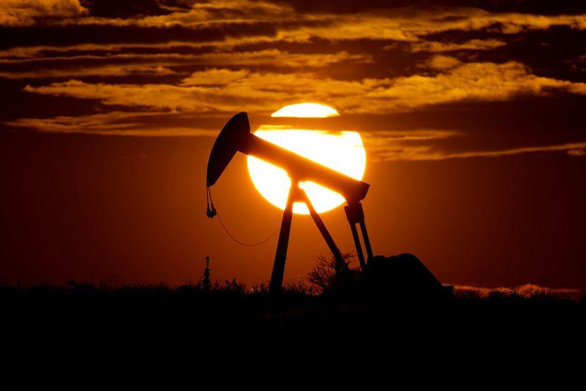 В России нефтяники начали продавать бензин в убыток