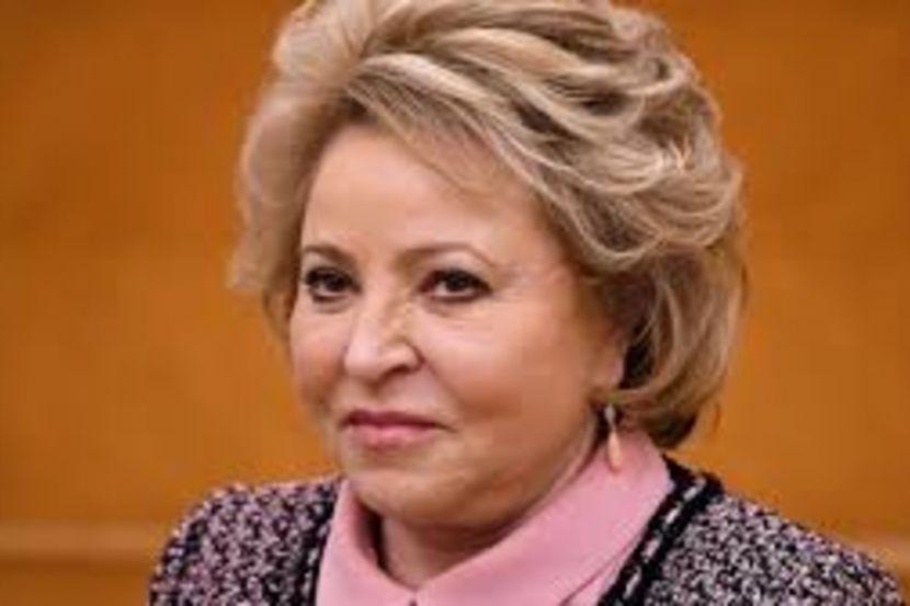 Матвиенко попросила россиян не планировать зарубежные поездки в этом году