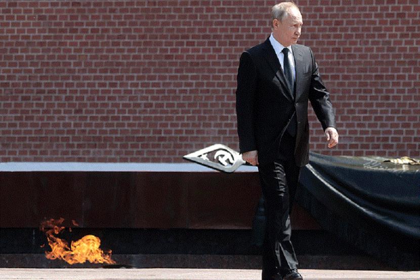 В Кремле сообщили, что 9 мая Путин обратится к россиянам, стоя рядом с Вечным огнём