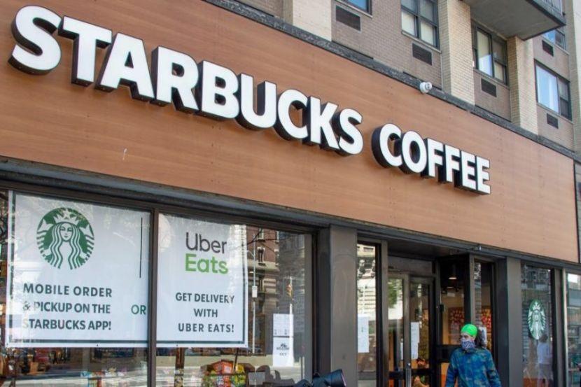 Starbucks откроет более 90% кофеен в США уже в начале июня