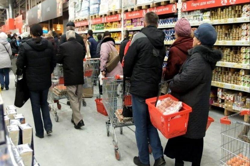 В Свердловской области планируют запретить продавать алкоголь после 19:00