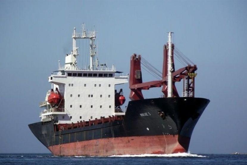 На судна с россиянами в Гвинейском заливе напали пираты