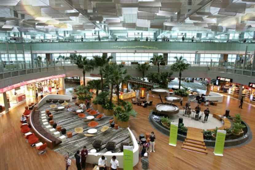 Аэропорт Сингапура в восьмой раз стал лучшим в мире