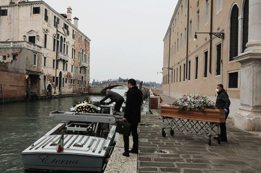 Из Италии вылетел последний самолёт с российскими военными специалистами