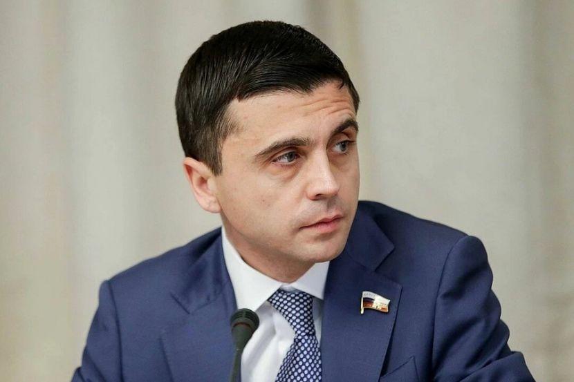 В Госдуме заявление Зеленского о дне возвращения Крыма назвали мечтами