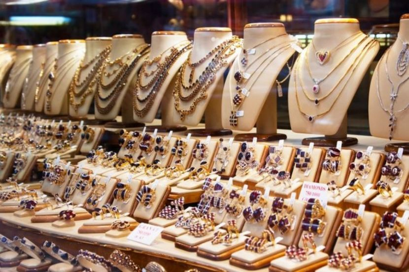 Pandemic Brought Down Jewelry Sales in Russia by 50-70%