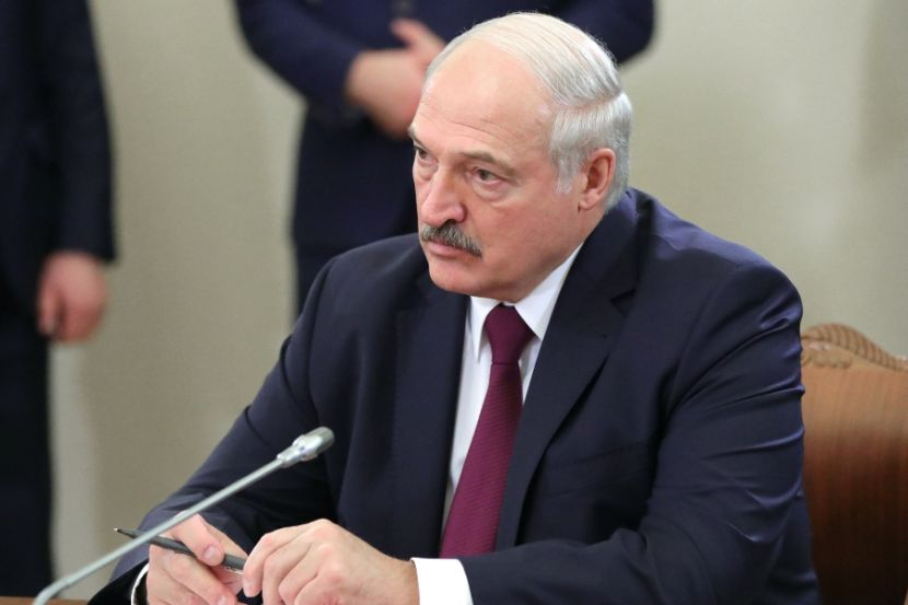 Belarusian President Instructed to Create a Missile with a Range of up to 300 Kilometers