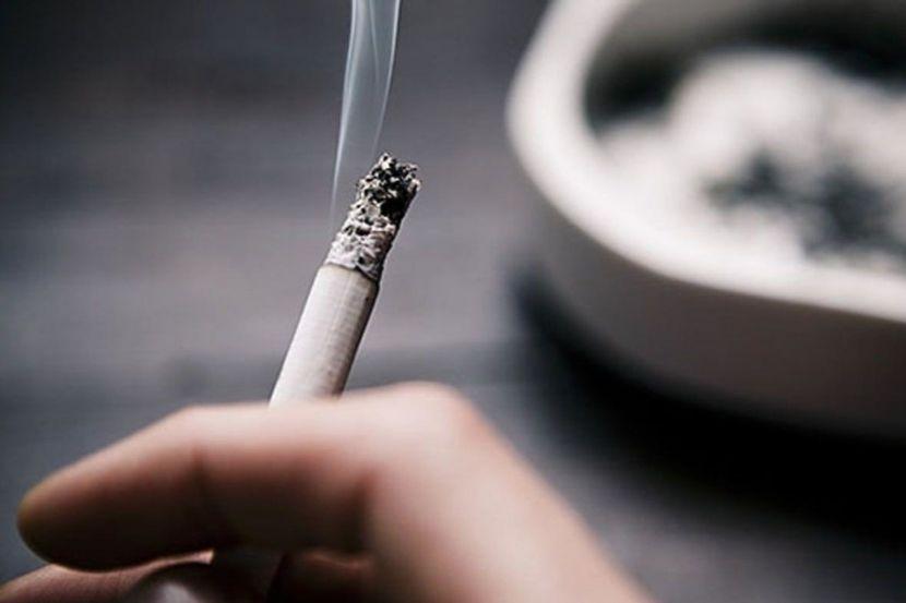 Роспотребнадзор рассказал о влиянии курения на течение COVID-19