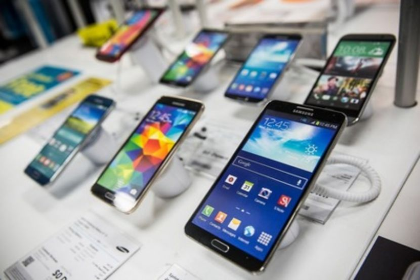 Россияне предпочитают покупку недорогих смартфонов в связи с пандемией коронавируса