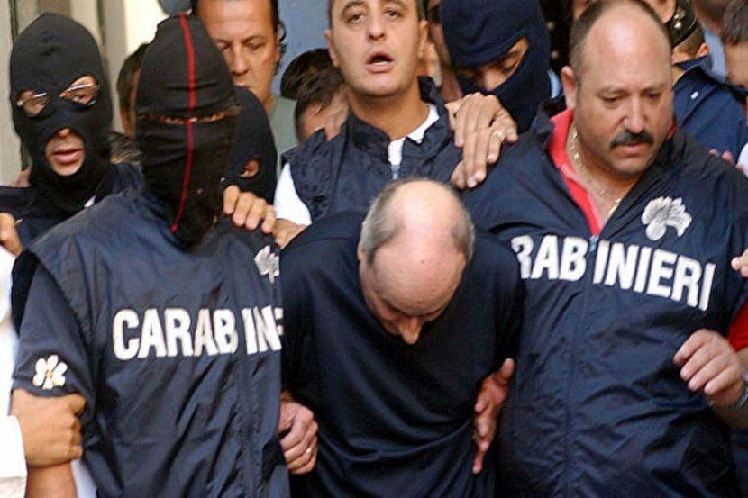 Over 10 Italian Civil Servants Suspected of Aiding Mafia