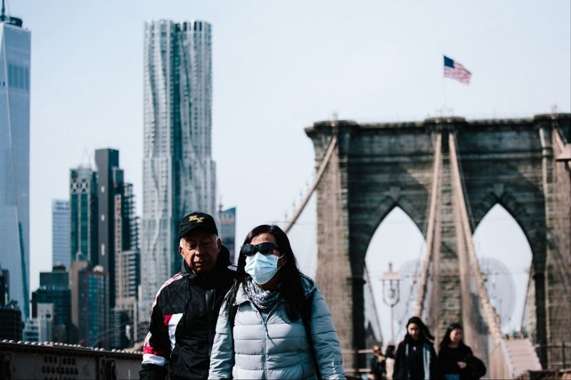 В Нью-Йорке начнут отменять ограничения из-за коронавируса