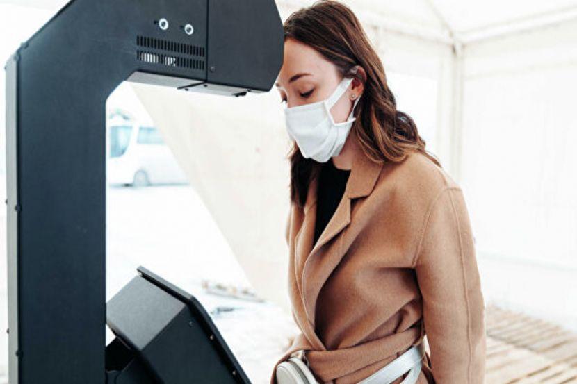 Пермская Promobot поставит 400 терминалов для измерения Температуры в больницы США
