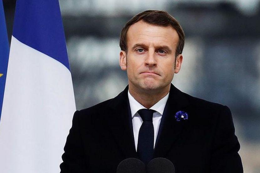 """Президент Франции рассказал о """"первой победе"""" над коронавирусом"""