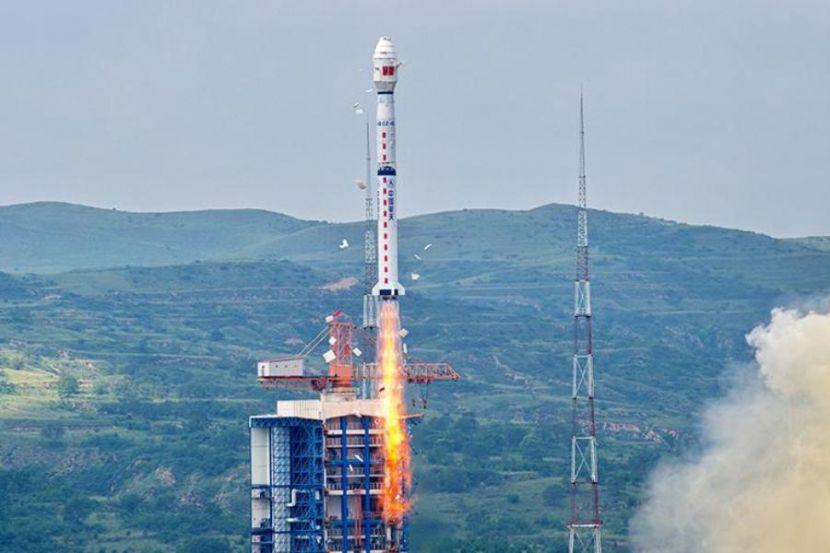 China Put Three Satellites into Orbit