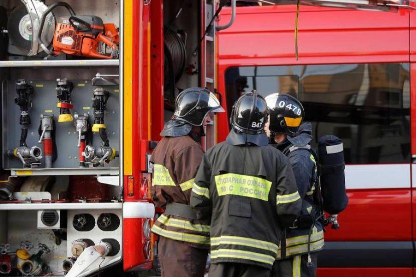 На складе в Мурманске произошёл взрыв