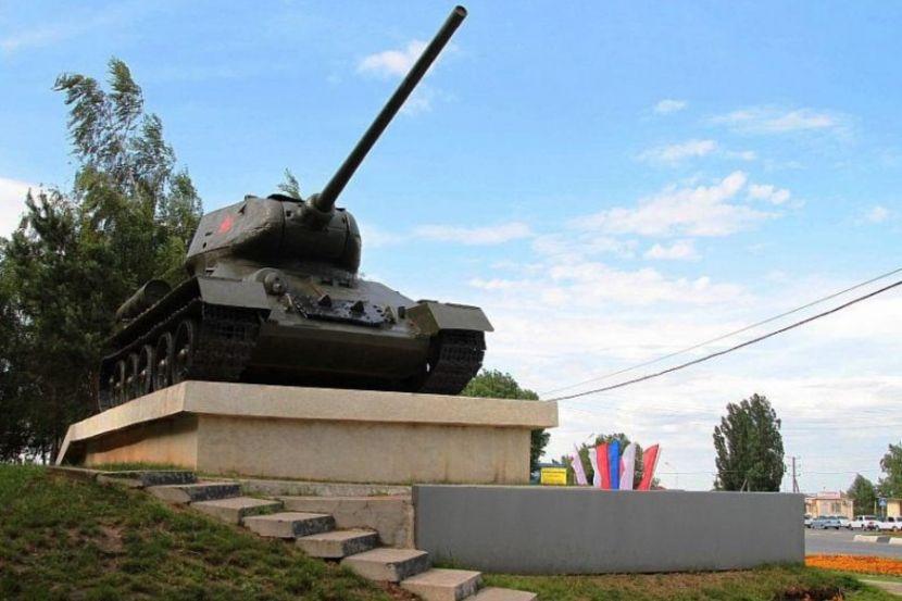 """Военные отреагировали на информацию о танке, который """"чуть не въехал в зрителей"""""""