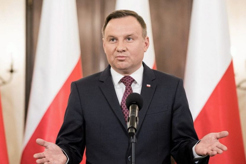 Duda Leads the First Round of the Presidential Election in Poland, Gaining More than 45 % of the Vote