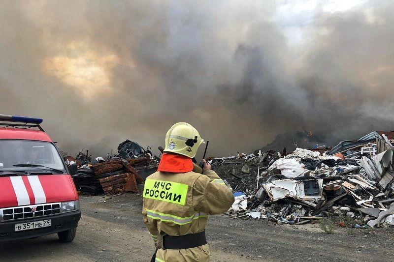 В Норильске локализовали пожар на полигоне с промышленными отходами