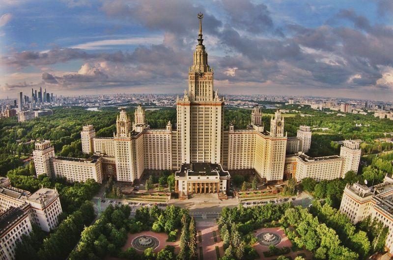 В России ВУЗы могут самостоятельно перенести начало учебного года