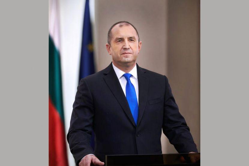 Президент Болгарии сравнил правительство своей страны с мафией и призвал его уйти в отставку