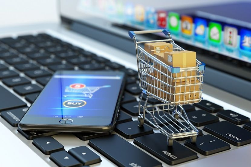 Коронавирус ускорил развитие онлайн-торговли в России